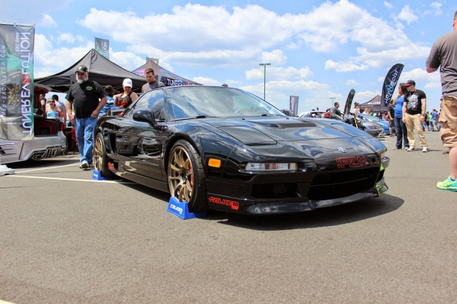 Clean Acura NSX done right