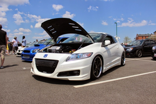 Modded Honda CR-Z is very Unique