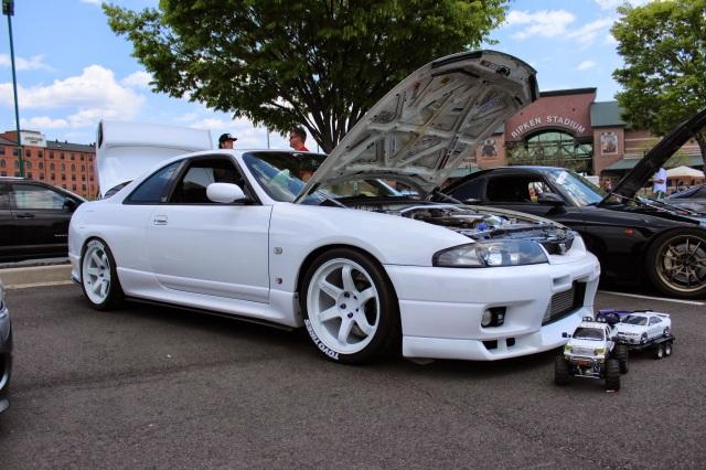 White on White Nissan Skyline GTR R33