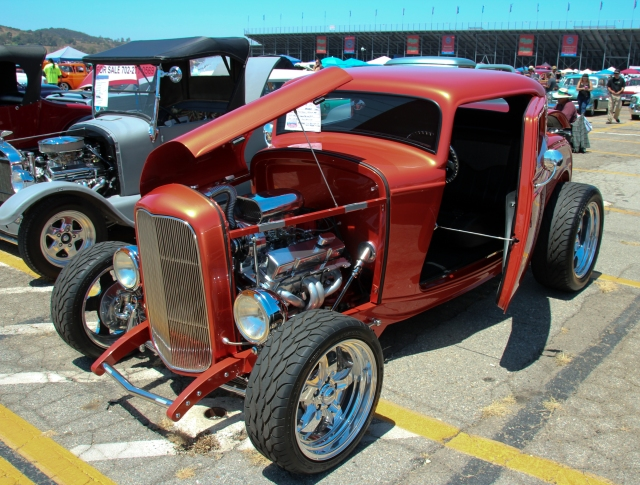 Custom Red Hot Rod - Ford?